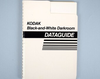 Vintage  KODAK Black and White Darkroom Dataguide 1988  Photography
