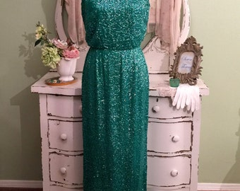 ELEGANT!  Green Sequined Dress, 60s Mad Men, Hollywood Glam, SM/M, Long Silk Gown w Scoop Neckline, Formal Evening Dress, Long Vintage Dress