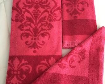 PINK Vintage Towel Set