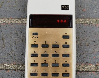 Vintage Calculator Novus 850