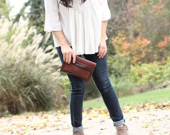 the Moriah Fine Leather Clutch - Graduation Gifts - Graduation Gifts for Her - Gifts for Wife - Gifts for Girlfriend