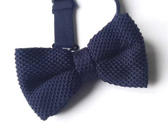 Navy Blue Knitted Bow tie, Mens Bow Tie, Pre-tied bow tie, Adjustable Bow Tie, Double Bow Tie
