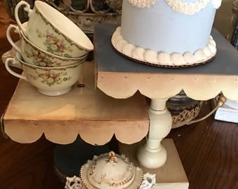 Set Of Cottage Farmhouse Style Rustic Cake Stands