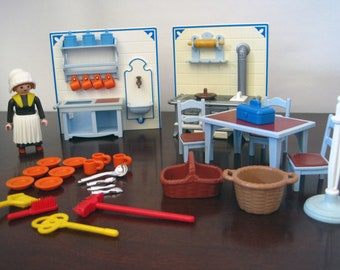 Playmobil Kitchen #5322 – Incomplete Vintage Geobra Playmobil Victorian Dollhouse Kitchen with 1 Figure