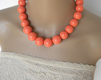 Coral necklace, chunky bold necklace, spring necklace, beaded necklace idea, everyday fashion necklace for her, coral jewelry set