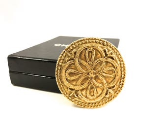 Chanel Logo Brooch, Gold Plated, Vintage 1980s, Center Logo, Raised Textured Design, Beaded Edging,  Season 23, Chanel Jewelry