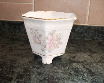 Norcrpft planter/ flower pot/flower pot holder