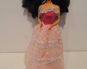 Vintage Dream Glow Barbie Hispanic 1647 Mattel 1985