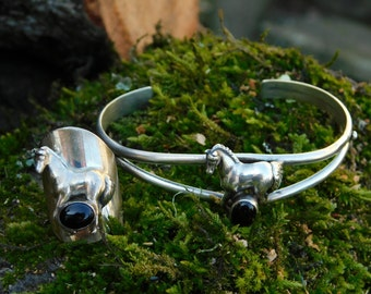 CAROL FELLEY petite horse cuff bracelet, sterling silver onyx stone.   Double band cuff with standing horse and matching ring.  1988