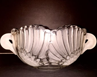 Mikasa Frosted Elegant Swan Bowl Walther Crystal West Germany Near Mint Frosted Wings and Heads