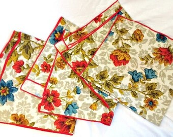 SALE!! Vintage Cloth Napkins Floral Set of 4 100% Cotton Leacock Made in USA FREE domestic shipping!!