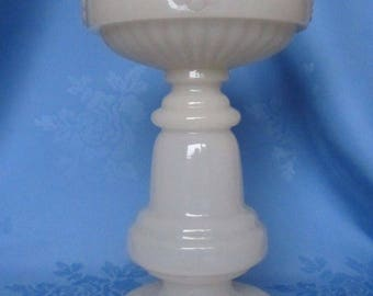 Vintage Opaque Cream Colour Glass Oil Lamp Base Font