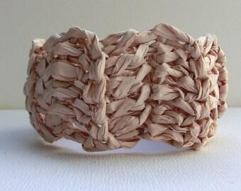 Beige crochet bangle | crochet paper bangle | crochet jewelry | handmade paper bracelet | chunky bracelet | paper yarn | boho style