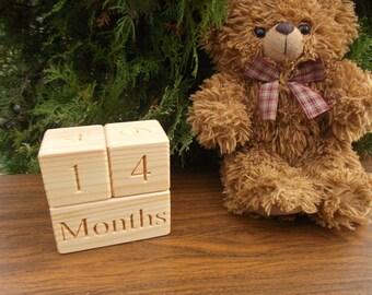 Wooden age blocks, Baby age blocks, Wooden blocks, Baby month blocks, Photo props, Baby milestones blocks, Baby shower gift, DIY