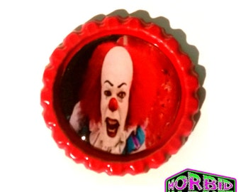 Pennywise The Clown IT Red Horror Pin Badge
