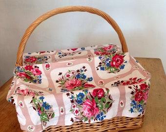 Large square wicker basket - vintage baskets - wicker picnic basket - vintage fabric
