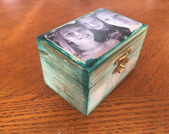 Personalized photo on wood box. Valentines day gift. Gift personalized photo box. Heart photo box. Your photo on wood box. Rustic chic box