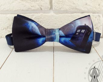 Bow tie Tardis in space, Bow tie Doctor Who, Blue bowtie, Tardis pattern bow tie