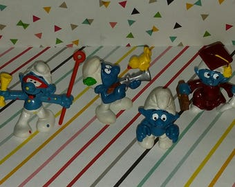 Vintage Lot of 4 1980s Early Peyo Smurfs Figures