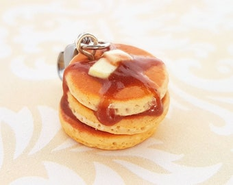 Handmade Polymer Clay Pancakes charm, Necklace or Keychain - Miniature Food Jewelry - Pancake Food jewelry -Breakfast Jewelry