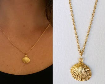 Small Gold Seashell Necklace, Matte Gold Seashell necklace, Sea Shell Necklace, Matte Gold-Plated Shell Charm Necklace
