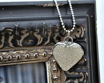 Heart Necklace Silver Glitter Mothers Day Bride Jewelry Silver Heart Gift for Wife Necklace Wedding Vintage Style Heart Pendant Gift for Her