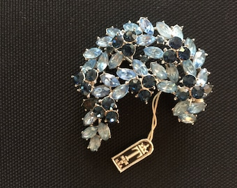 Vintage Crown Trifari Brooch