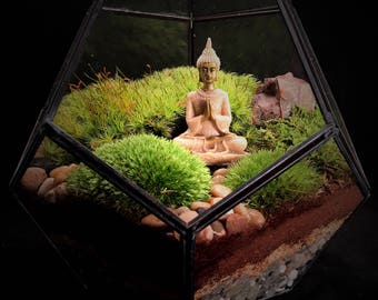 Buddha Terrarium // Moss Terrarium // Buddha // Terrarium
