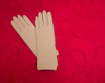 Ladies' Tan Gloves