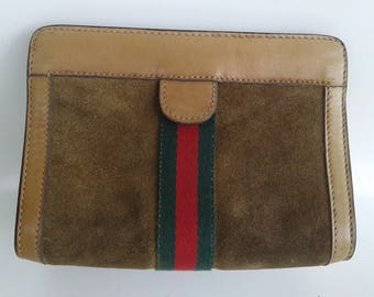 Vintage Gucci small suede clutch