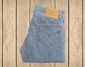 Vintage Levis 501 Jeans W34 L34 Canada Made Stonewash Blue Denim Straight Leg Button Fly Red Tab