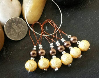 6 Stitch markers for knitting - Beaded glass loop style - Brown & gold - For needles up to 10mm