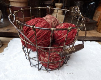 Primitive Rag Balls, Red Homespun Rag Balls, Red Fabric Orbs, Fabric Balls, Country Bowl Fillers, Red Bowl Fillers, Rustic Style, Farmhouse