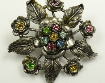 Little Nemo Pot Metal Layered Flower Pin w/Glass Rhinestones