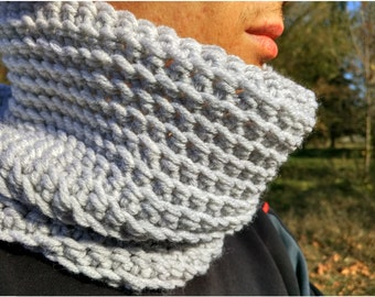 Chunky Cowl Scarf,Snood,Neck Warmer,Hand Knit Chunky Cowl Neck,Winter Fashion,Winter Accessories,Hand Knit Cowl,Mens Cowl Scarf,Womens Scarf