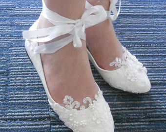 Lace-up  Custom  Lace  Flower  Pearls  Wedding  Shoes  Party  shoes Bridal shoes  Lace  Flat Foot Ring Wedding  Shoes