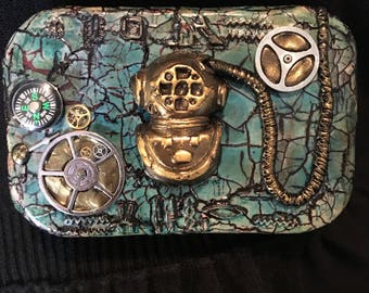 Steampunk/nautical altered altoid tin