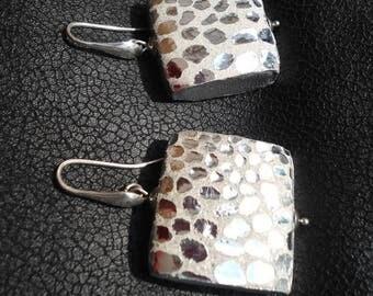Lambskin square earrings glitter