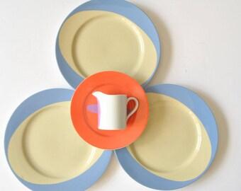 Swid Powell Flip Flop Set of Plates and Creamer by Calvin Tsao + Zack McKown 1992