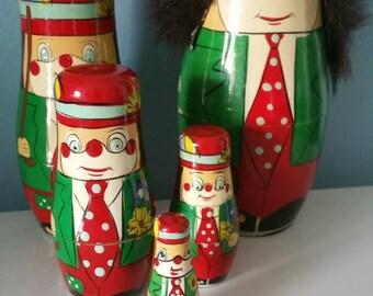 Lovely nesting doll clowns set! 5 pieces babushka matryoshka dolls vintage