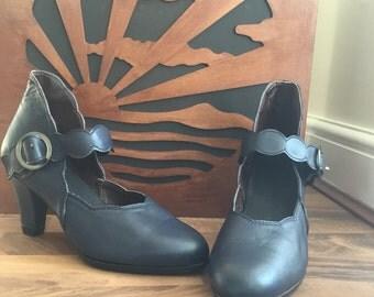 Ladies 1940's shoes