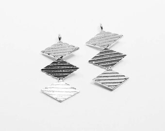 P0535/Anti-Tarnished  Rhodium Plating Over Brass/ThreeTextured Rhombuses Pendant/12x23mm/2pcs