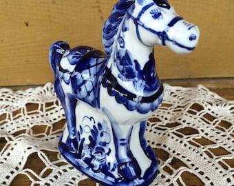 Statuette of Gzhel horse
