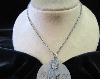 Vintage Signed 1976 Phillies Major League Baseball Necklace-Etched Autographed
