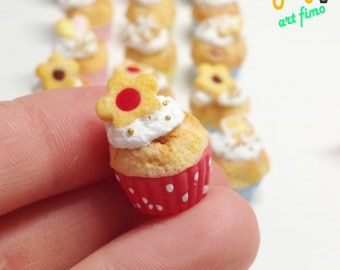 Cup cake dollhouse