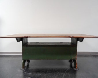 Pennsylvania Hutch Style Distressed Rustic Farm Dining Table