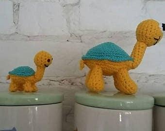 Crochet 'Alfie' tortoise