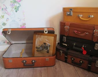 White vintage suitcase - vintage carboard suitcase - 1970 suitcase - retro suitcase - vintage luggage - storage - old suitcase