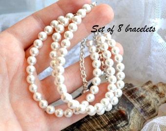 Bridesmaid bracelet set of 8 Bridesmaid gift set of 8 Simple pearl bracelet Ivory Off white bracelet Wedding jewelry Bridal bracelet
