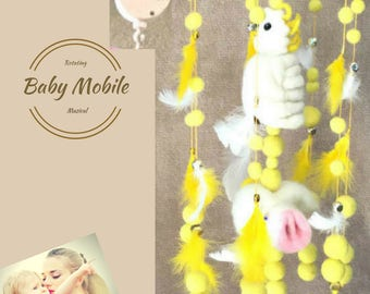 Cockatoo and Piglet Complete Cot Mobile, Felt Ball Mobile, Needle felted Baby Mobile, Nursery Decor, Animal Themed Nursery